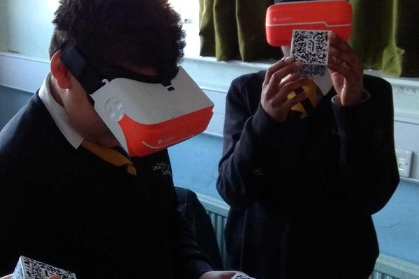 Larkmead School pupils wearing headsets to learn about history in Virtual Reality. Photo by Sam McKavanagh.